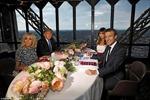 Tổng thống Trump và Macron ăn tối trên Tháp Eiffel, view khắp Paris
