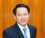 Lãnh đạo nước ta gửi hoa và điện mừng tới lãnh đạo Lào