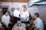 Phó Chủ tịch Quốc hội thăm, tặng quà người có công tại Bắc Kạn