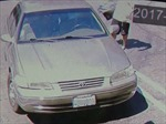 Ông bố 18 tuổi lạnh lùng bỏ con trai sơ sinh ở bãi đỗ xe