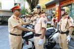 Hành động đẹp của Cảnh sát Giao thông Hà Nội