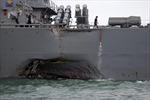 Sau vụ khu trục hạm va chạm tàu hàng, Mỹ quyết định tạm ngừng mọi hoạt động hải quân