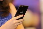 Điện thoại trung và cao cấp 'đua' camera kép và màn hình vô cực mở rộng