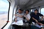 Thủ tướng thị sát khu vực bị tác động bởi biến đổi khí hậu tại Đồng bằng sông Cửu Long