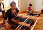 Khôi phục nghề dệt thổ cẩm Châu Mạ
