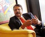 Tỉ phú Ấn Độ tìm hướng đi cho… tiền