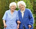 Cặp song sinh già nhất thế giới
