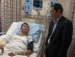 Thăm hỏi thuyền viên VN gặp nạn trên tàu cá Hàn Quốc