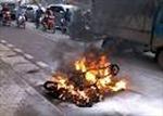 Xe máy tự bốc cháy gây hỏa hoạn
