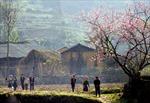 Nhân dân các dân tộc nơi địa đầu Tổ quốc tưng bừng chào đón năm mới