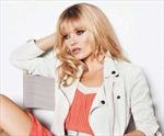 Kate Moss trẻ đẹp tuổi 38