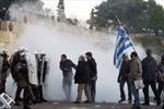 Hy Lạp thông qua dự luật thắt lưng buộc bụng