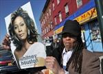 Người dân Mỹ tưởng niệm Whitney Houston