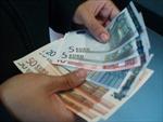 Euro lên giá trước hy vọng về gói cứu trợ Hy Lạp