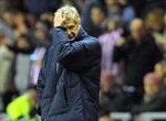 Câu chuyện cuối tuần: Triều đại Wenger tới lúc sụp đổ?