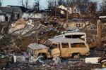 Lốc xoáy tàn phá miền trung nước Mỹ