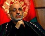 """Tổng thống Ápganixtan bị """"ném đá"""" vì coi thường phụ nữ"""