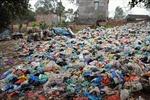 Về Lương Đình xem rác ngập đường