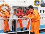 Đắm tàu chở hàng, 6 người chết