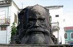 Di dời thành công tượng cụ Phan Bội Châu ở Thừa Thiên - Huế
