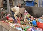 Nhọc nhằn nghề rác