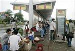 Cần dẹp hàng quán tại điểm trung chuyển xe buýt