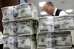 Thâm hụt thương mại Mỹ thấp nhất trong gần ba năm