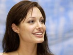 Angelina Jolie trở thành đặc phái viên của LHQ