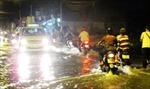 Mưa gây ách tắc giao thông tại Sài Gòn