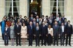 Tân chính phủ Pháp quyết định cắt giảm 30% lương
