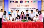 Ký kết chương trình phối hợp truyền thông nâng cao sức khỏe nhân dân