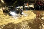 Hà Nội lại ngập nặng sau trận mưa lớn