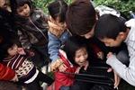 Ghi chép từ bãi Giữa sông hồng-Kỳ 3: Hồn nhiên lũ trẻ sống bên sông