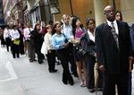 Kinh tế thế giới đối mặt với nhiều rủi ro