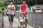 Tranh cãi chuyện nam giới nghỉ chăm vợ đẻ ở Hồng Công