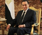 Cựu Tổng thống Hosni Mubarak chết lâm sàng