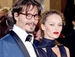 """""""Cướp biển"""" Johnny Depp chia tay người tình lâu năm"""