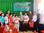TTXVN tặng quà các nạn nhân chất độc da cam/điôxin tại tỉnh Quảng Trị