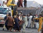 20 người chết do xe khách bị đánh bom
