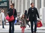 Tom Cruise, Katie Holmes bất ngờ tuyên bố ly hôn