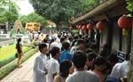 Khách du lịch đến Hà Nội tăng mạnh