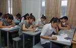 Căng thẳng và hồi hộp trong ngày đầu tiên thi ĐH, CĐ 2012