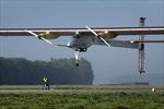 Máy bay năng lượng mặt trời trở về Tây Ban Nha