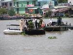 Chìm ghe trên sông Sài Gòn, một người mất tích