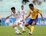 Căng thẳng cuộc đua vô địch V.League - Eximbank Cup