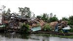 Lốc xoáy gây thiệt hại nặng tại nhiều nơi