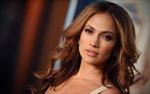 Jennifer Lopez đòi lái xe cũ bồi thường 20 triệu USD