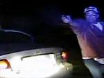 Video cảnh sát Mỹ xin tay súng tha mạng