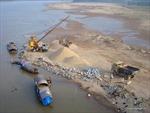 Nghệ An: Tái diễn tình trạng khai thác cát, sỏi trên sông Lam