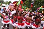 Tưng bừng lễ hội Carnival ở Anh